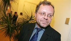 Šéf NKÚ ve vedení poslance nechce. Zájemců je více než je volných míst, říká