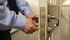 Vězni a dozorci z Mírova obchodovali s drogami