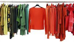 Češi stále víc nakupují oblečení přes internet