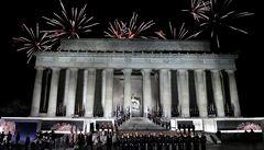 Den před inaugurací: Trumpovi příznivci slavili na koncertě, prezident tančil