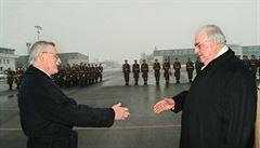 Kohl před 20 lety změnil vztahy s Čechy. Oslavil to zvěřinou i kachnou od Havla