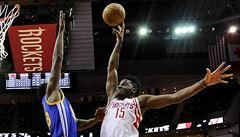 NBA: Basketbalisté Golden State si připsali šestou výhru v řadě