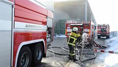 V Orlové hořela hala, škoda je okolo 4 milionů korun, nikdo nebyl zraněn