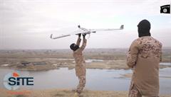 IS ukázal novou zbraň: bombardovací drony. Zabíjí s nimi u Mosulu