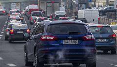 Dálnice D1 u Brna ve směru na Ostravu stála, na místě došlo k hromadné nehodě