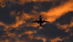 Heathrow hlásí problém. Klíčové letiště muselo kvůli mlze zrušit 100 letů