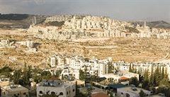Izrael legalizoval tisíce obydlí v osadách na Západním břehu
