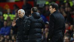 Když neznáte fotbal, neměl byste držet mikrofon, kritizoval Mourinho reportéra
