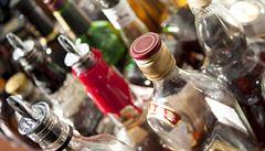 U základních škol v Praze alkohol mladistvým většinou prodají, odhalila inspekce