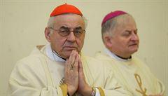 Vše o pohřbu kardinála Vlka: rakev zamíří na dvě místa, vyprovodí ho písně od Ebena