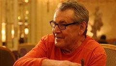 Skauti pátrají po osudu otce filmového režiséra Miloše Formana. Byl 'hrdina války'