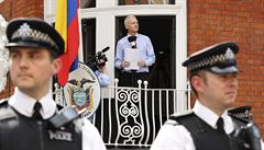 Assange: USA se musí zříct honu na WikiLeaks