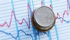Propad české ekonomiky bude nejhlubší od transformace. Neměl by ale překročit šest procent