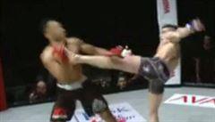 VIDEO Za tanec a šaškárny brutální KO. Bijec MMA se pomstil soupeři za ponižování