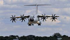 Airbus krvácí kvůli vývoji vojenského letadla. Problémy s ním nekončí