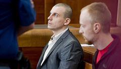 Soud poslal čtveřici mužů za nájemnou vraždu na 17 až 19 let za mříže