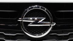 Francouzi sahají po Opelu. Převzetí německé automobilky je na spadnutí