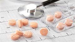 Zbraň v boji proti rakovině prsu. Riziko úmrtí může snížit lék na cholesterol