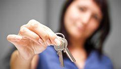 Pronajímání více bytů jen se 'živnosťákem' a provozovnou? Stát chce regulovat Airbnb i obchod s chudobou