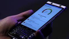 BlackBerry v tandemu s Číňany. Nabízí jediný moderní telefon s klávesnicí
