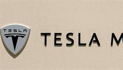 Tesla plánuje menší vůz. Pojmenovala ho Model 3
