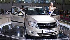 Výrobce značky Lada zastavil na den výrobu. Ruský AvtoVAZ řešil součástky