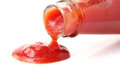 Superkluzká lahev. Vědci přišli s nápadem, jak dostat z lahve i zbytky kečupu