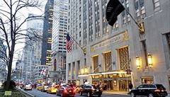Z hotelu soukromé byty? Waldorf Astoria se stal předkrmem pro čínský apetit v USA