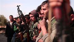 Z poslední enklávy Islámského státu již uprchlo přes 60 tisíc lidí, převážně civilistů