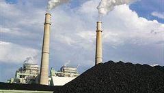 Ve Varšavě demonstrovalo několik stovek horníků, bránili polské uhlí