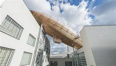 V centru současného umění DOX přistála vzducholoď pro snílky