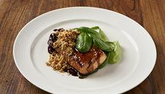 Připravte si lososa s glazé z červeného vína podle šéfkuchaře
