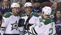 NHL: Hemský a Faksa přispěli k výhře, znovu se trefil také Pastrňák