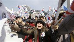 Protesty po sesazení prezidentky Jižní Koreji hlásí tři oběti