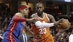 NBA: James a Westbrook se v NBA blýskli dalším triple doublem