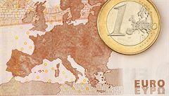 Eurozóna se zatím nenachází na kraji obrovské krize, tvrdí ekonom Jan Švejnar