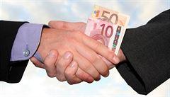Němci sepíšou seznam 'hříšných' firem, které nesmí dostat veřejnou zakázku