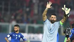 Buffon oslavil 1000. zápas kariéry výhrou a čistým kontem