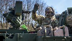 Českem projel americko-britský vojenský konvoj