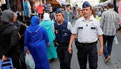 Jak předejít terorismu? V Bruselu nabírají muslimské policisty. Odrazuje je rasismus