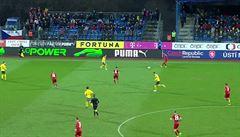 Proč fotbalová reprezentace netáhne? V Ústí bylo vyprodáno, diváci tam ale chyběli