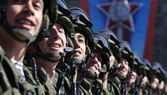 Provokace a hrubý nátlak, odsoudil Kyjev manévry ruské armády