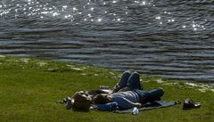 V Česku opět padaly teplotní rekordy. V Mostě naměřili rovných 26 stupňů