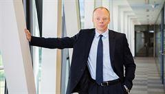 Úspěchy dělají z bank terč regulace, říká šéf Equa bank Řehák