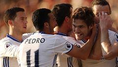 Chelsea i nadále vede o sedm bodů, Liverpool předvedl parádní obrat