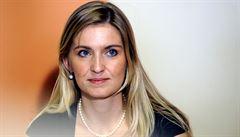 Český velvyslanec v Bernu končí. Kvůli tweetům své ženy