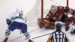 Vrbata byl v NHL blízko hattricku, Faksa a Palát mají dva body