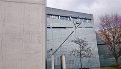 Moderní Berlín. Mezi nejpůsobivější momenty patří návštěva věže holocaustu