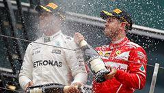 Formule 1: v Číně triumfoval opět Hamilton, Verstappen předvedl parádní stíhačku