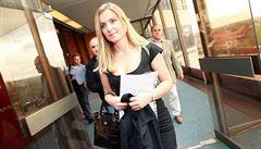 Měla imunitu i výhody, není soukromá osoba, reaguje na chování Borůvkové ministerstvo